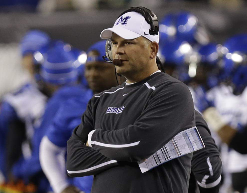 AP college picks: Boise State and Memphis get a chance to make their mark _lowres