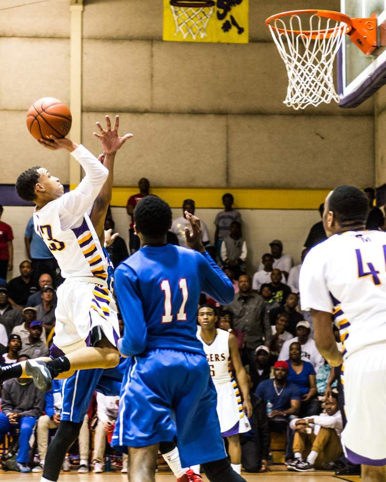 Ellender uses rebound advantage to bounce St. Martinville _lowres