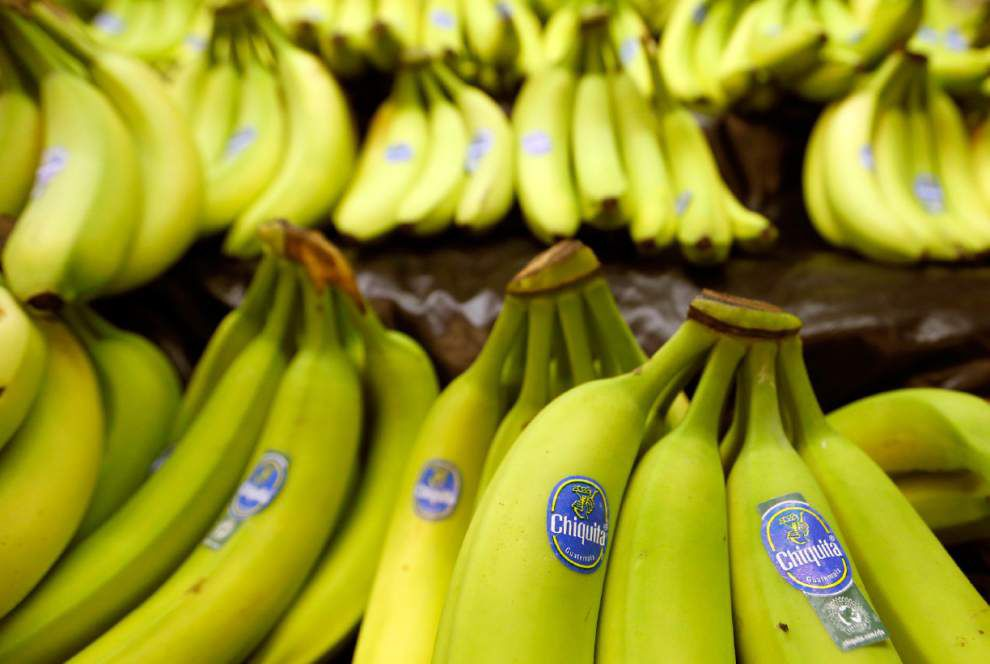 Chiquita OKs $681M deal with 2 Brazilian bidders _lowres