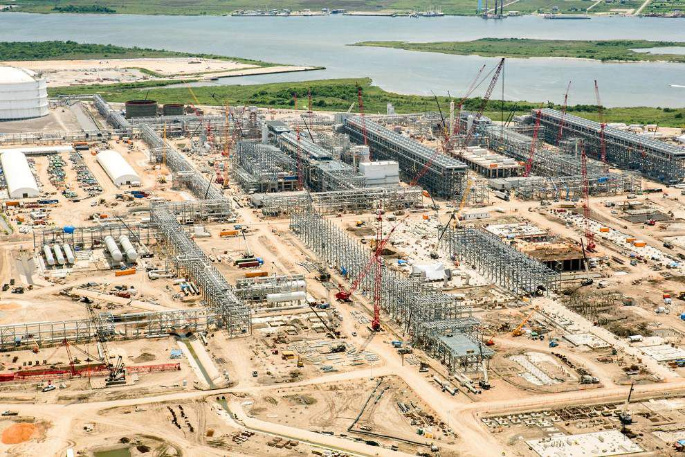 2014 in review: Mega-projects mount on horizon _lowres