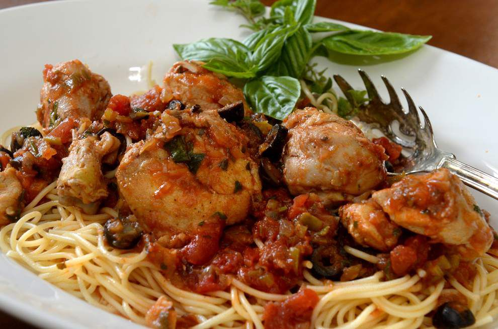 Gourmet Galley: Sharing chicken meal with friends _lowres