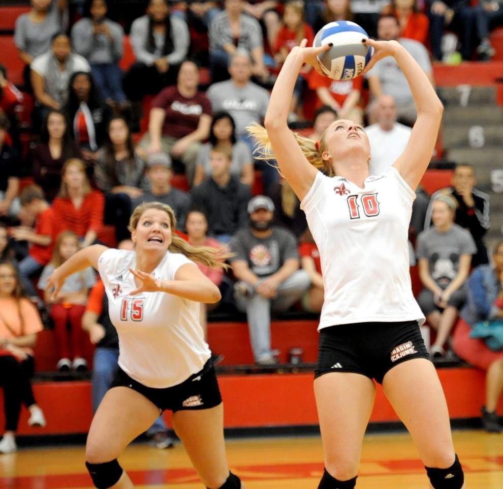 Setter Andrea Hole makes her mark quickly at UL-Lafayette _lowres