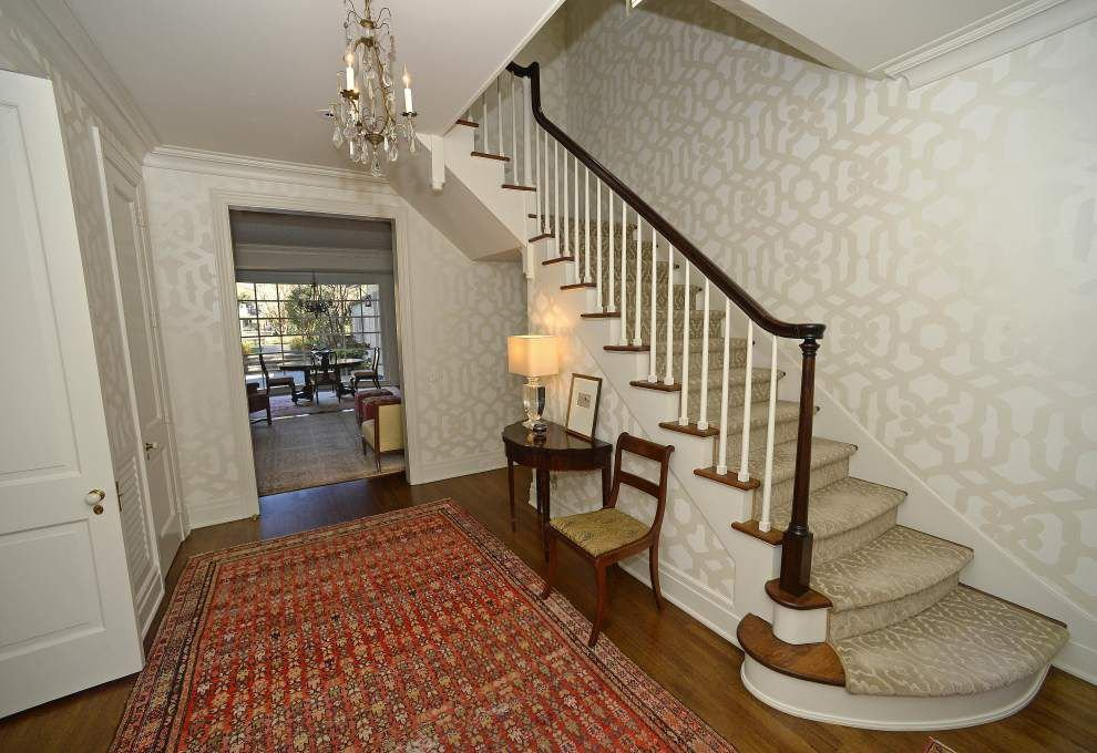 With nine majestic oaks and an A. Hays Town design, renovation was only move for Lamars _lowres