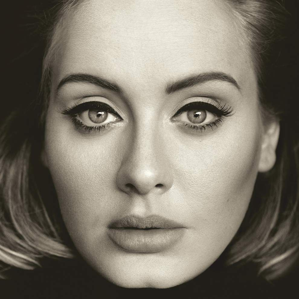 Adele's '25' breaks record with 3.38 million copies sold _lowres