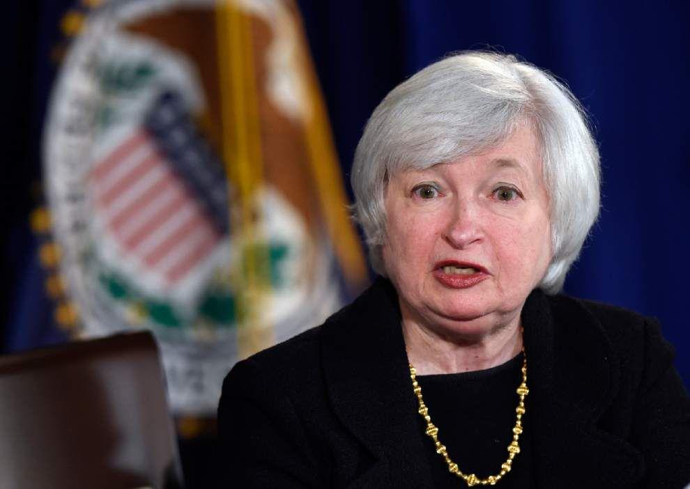 Yellen says U.S. families need to boost savings _lowres