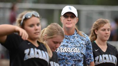 Leslie Efferson-Yellott named Denham Springs softball coach; St. Amant interviewing finalists for its softball coach opening _lowres