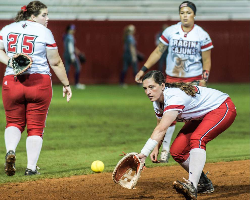 In the wee hours of the night, the Cajuns softball team clobbers Weber State 11-0 in its Lafayette regional opener _lowres