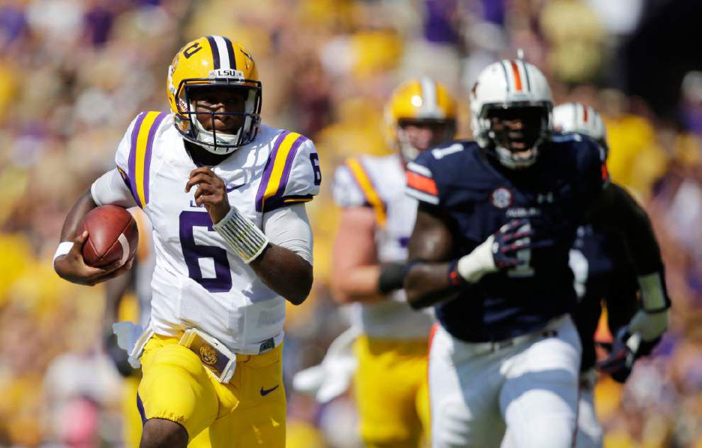 LSU Twitter Mailbag: You asked about LSU passing more, the read-option and the Tigers' final overall record _lowres