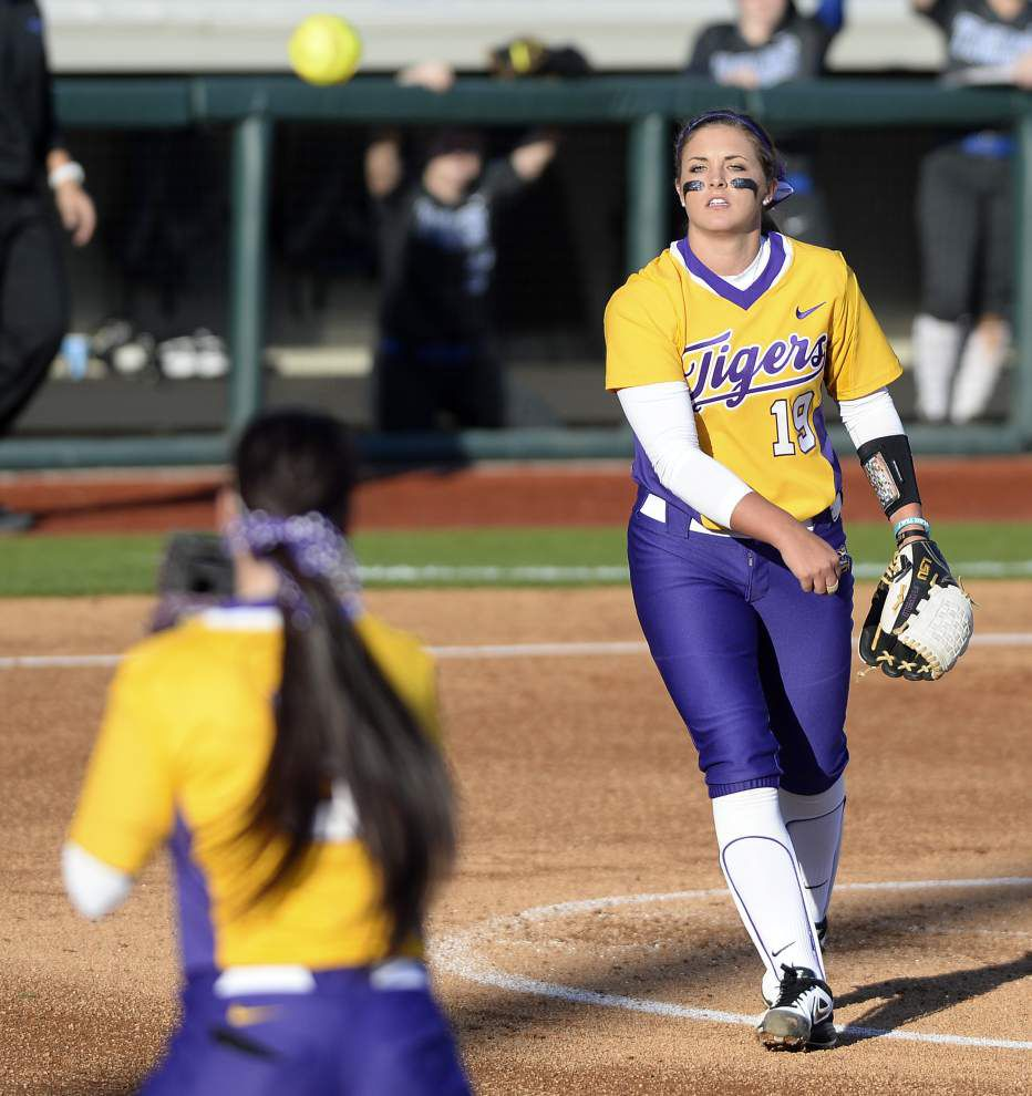 LSU softball team set to host Notre Dame, Central Arkansas and Hofstra in Tiger Invitational _lowres