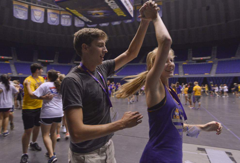LSU building the hype as students join the STRIPES _lowres