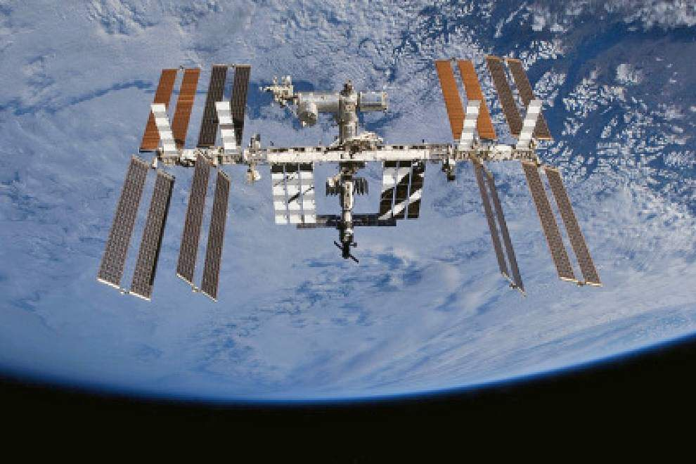 LSU researchers' telescope to arrive at space station Monday; will study high energy particles, 'dark matter' _lowres