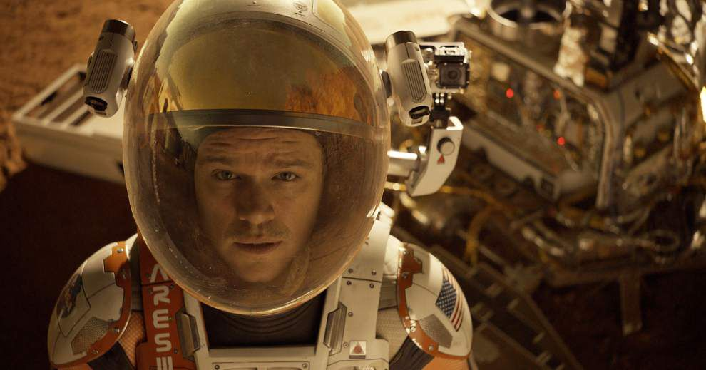 Review: Damon charms as stranded astronaut in 'The Martian' _lowres