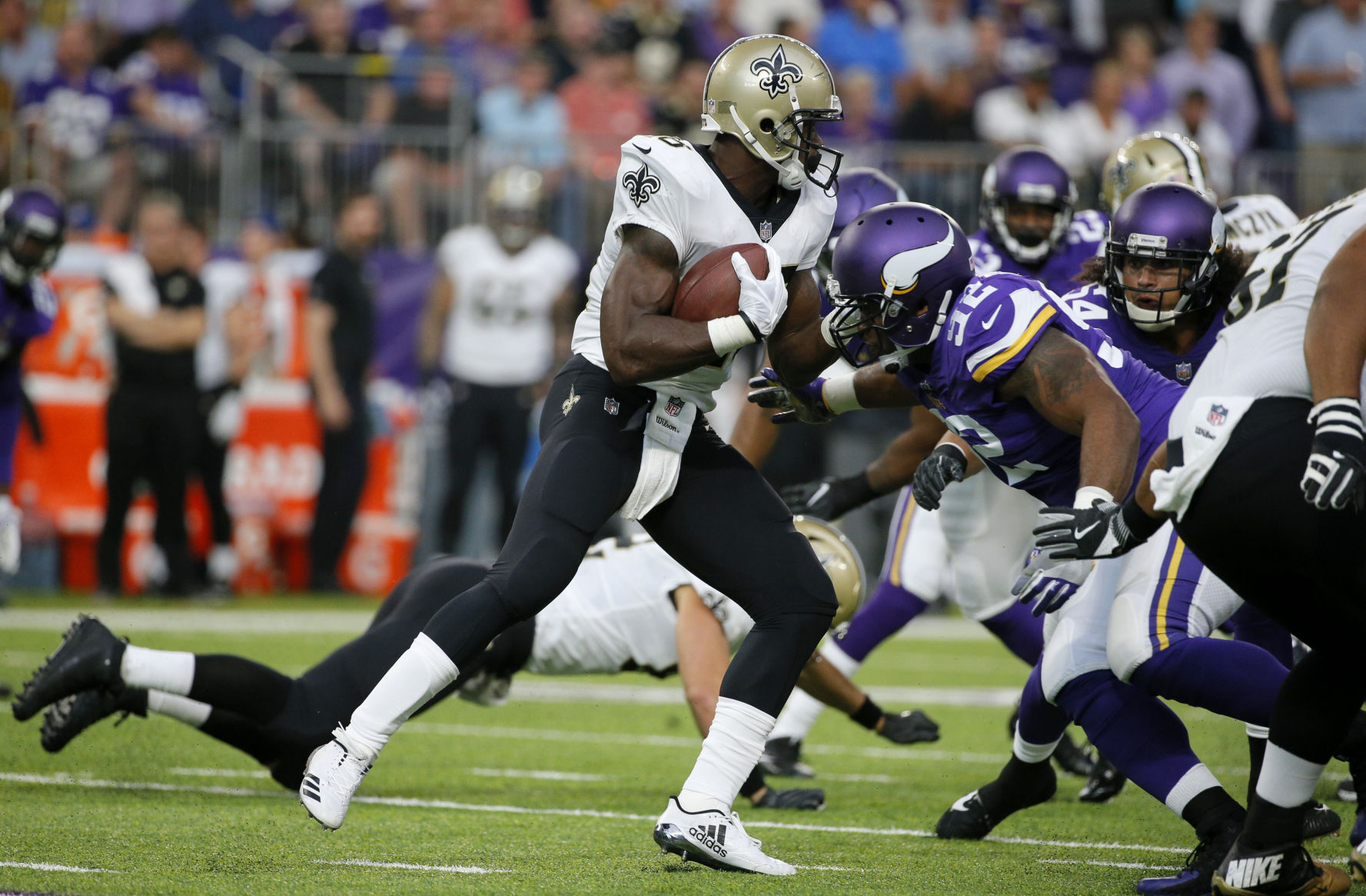 Adrian Peterson unhappy with role in Saints debut