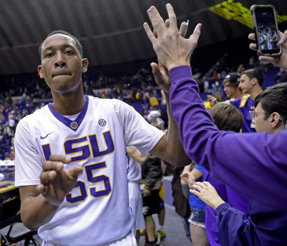 Photos: LSU 79 - American 51 _lowres