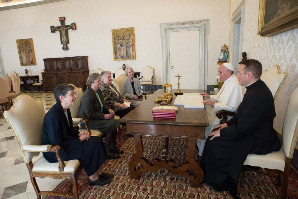 Vatican unexpectedly ends controversial crackdown of U.S. nun group _lowres