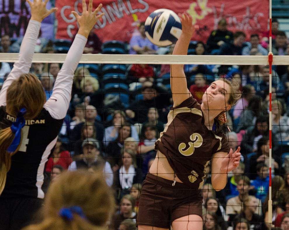 Walker: Mount Carmel junior Kristen Nuss has been on two state championship teams and has a chance to be in on more _lowres