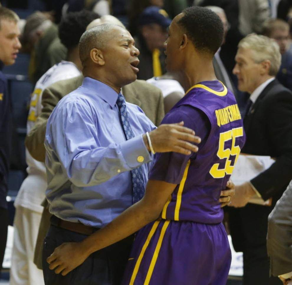 Video: Tim Quarterman scores a career-high 21 points to lead LSU to an upset at No. 16 West Virginia _lowres