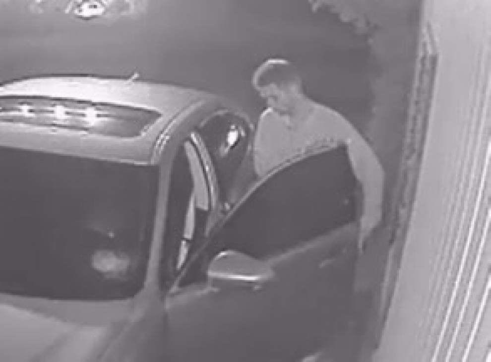 Lafayette police seek information on man seen stealing handgun from unlocked car _lowres
