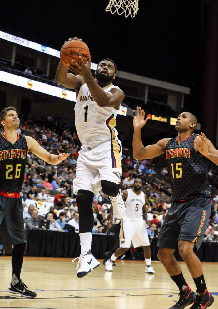 Anthony Davis scores game-high 20 points, but Pelicans fall 103-93 in preseason game in Jacksonville _lowres