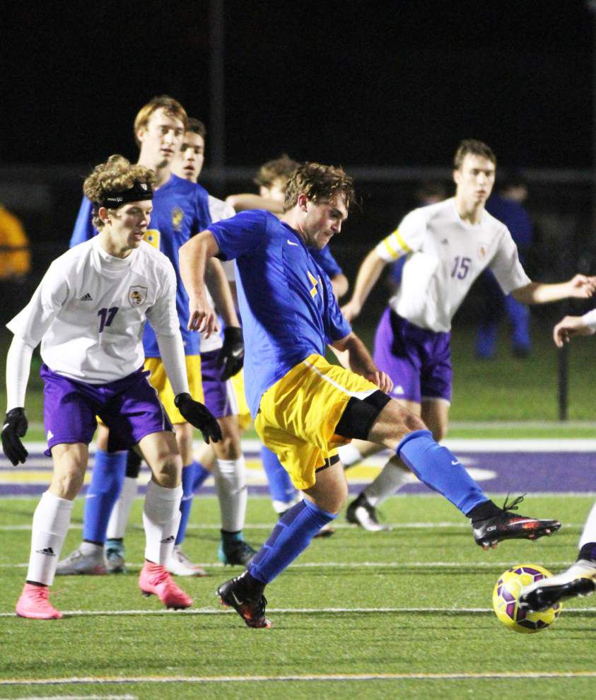 No. 2 St. Paul's dominant in win over No. 4 DSHS _lowres