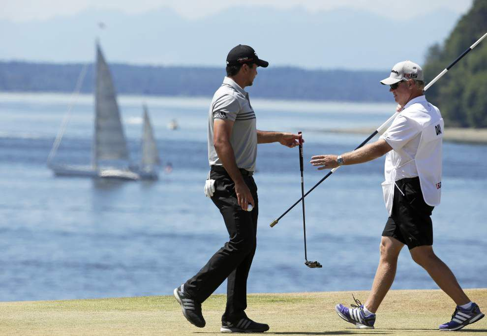 Jason Day's special day leaves him in a tie for the lead at the U.S. Open _lowres
