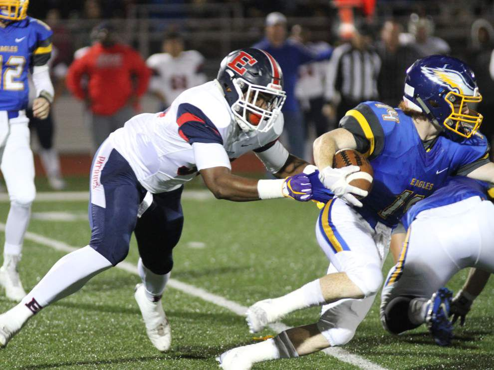 Stingy Ehret defense facing Mandeville spread offense _lowres