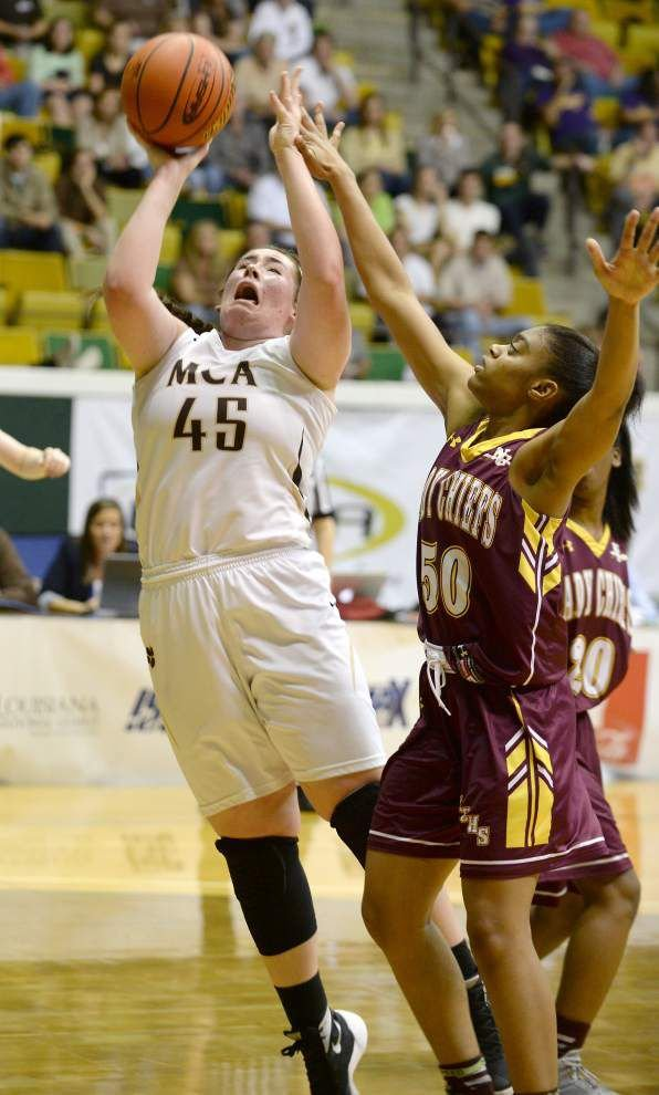 Mount Carmel rides 28-1 second-half outburst to win over Natchitoches Central _lowres