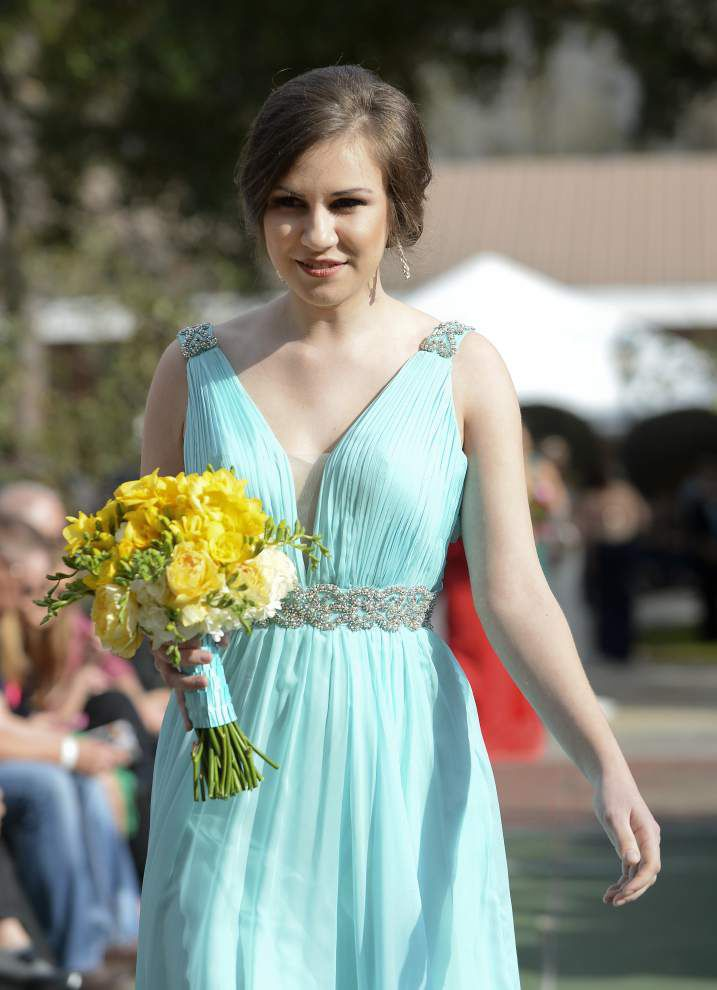 Options abound for bridesmaids _lowres