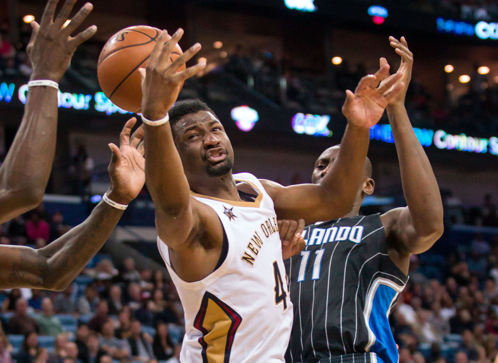 Solomon Hill undergoes surgery to repair torn hamstring