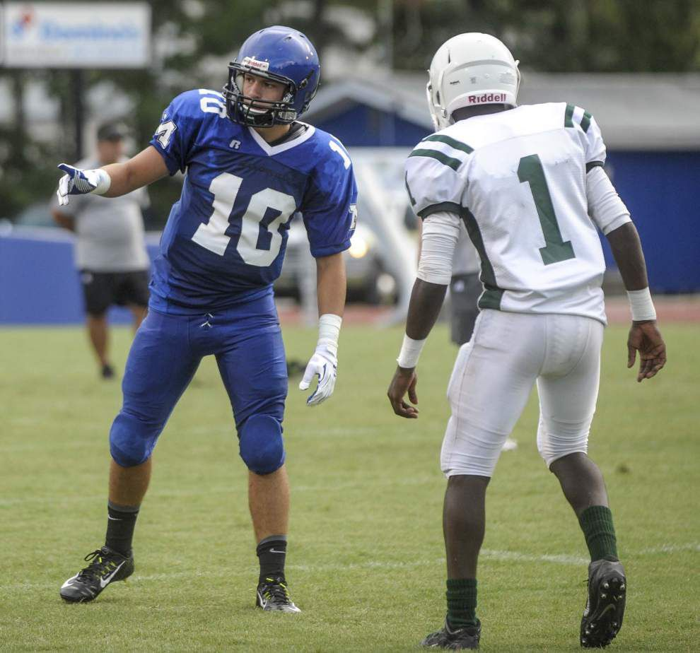 Shaw's Trey Ragas scores pair of TDs in scrimmage _lowres