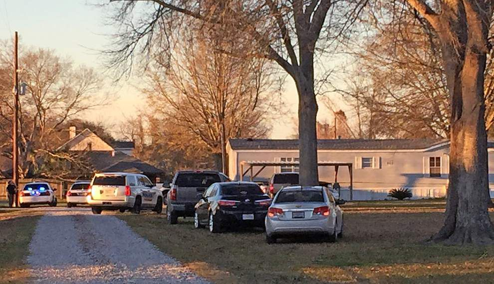 State Police called to investigate fatal shooting in Addis involving off-duty officer _lowres