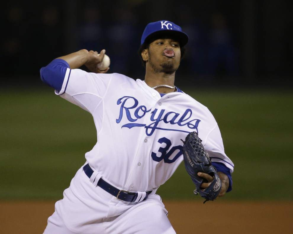In World Series Game 6, Royals pitcher Yordano Ventura pays tribute to friend Oscar Taveras _lowres