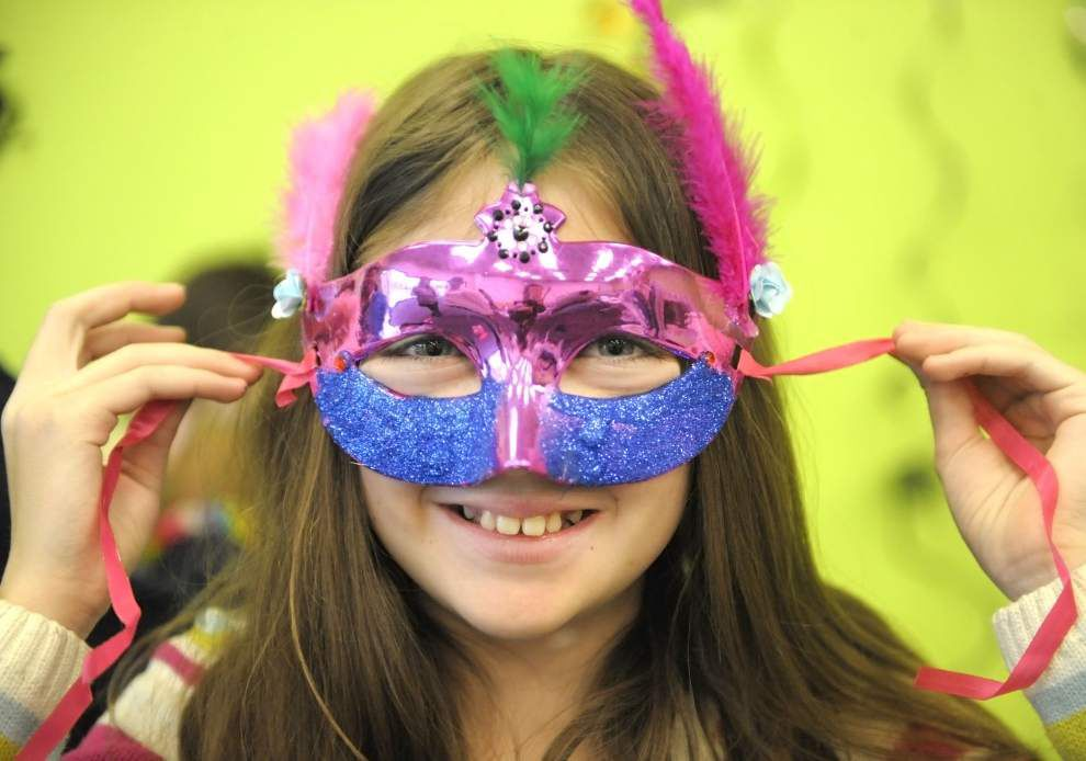 The Ultimate Mardi Gras Survival Guide _lowres