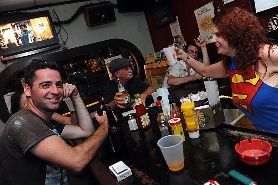 100+ Top Bars: Late-Night Bars_lowres