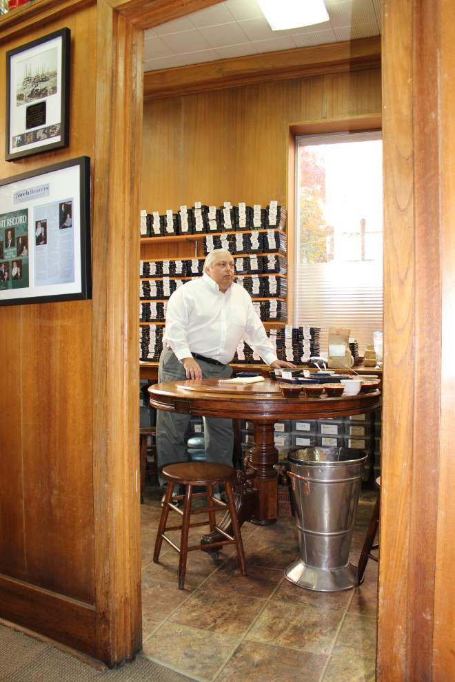 Just for a day, a New Orleans coffee taster comes out of retirement _lowres