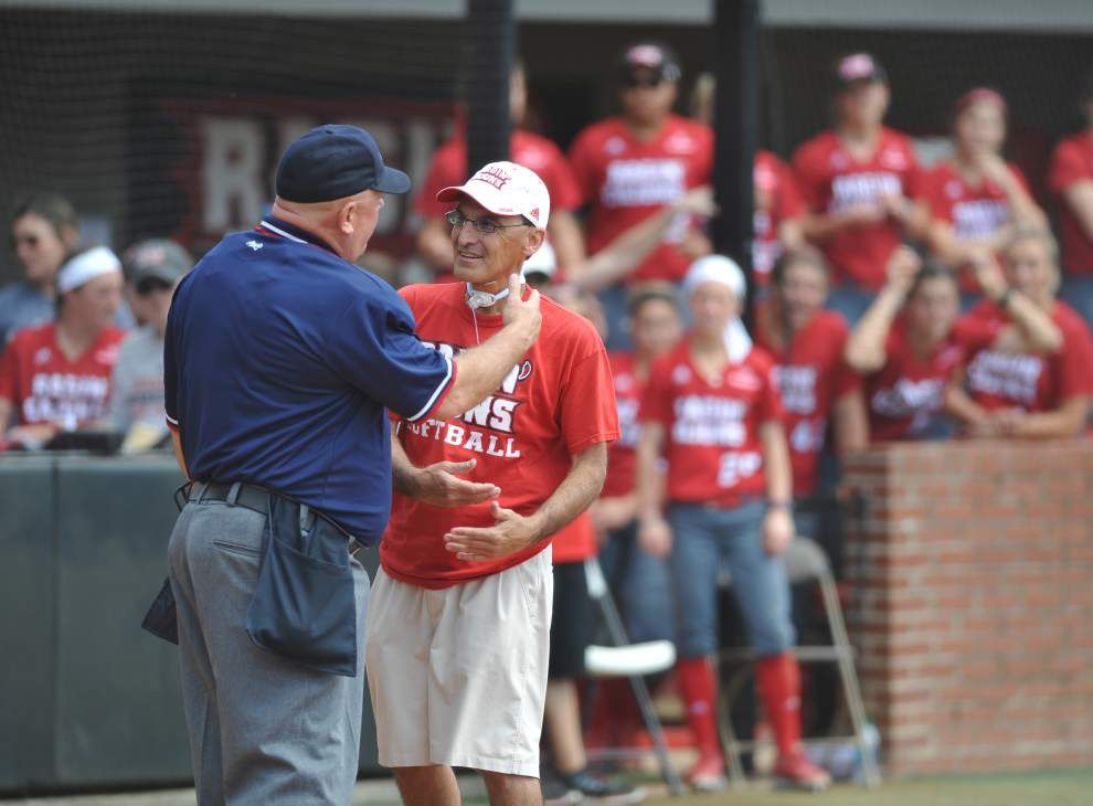 Cajuns softball notebook: Mike Lotief tips his hat to Florida lefty Delanie Gourley after getting swept in Gainesville _lowres