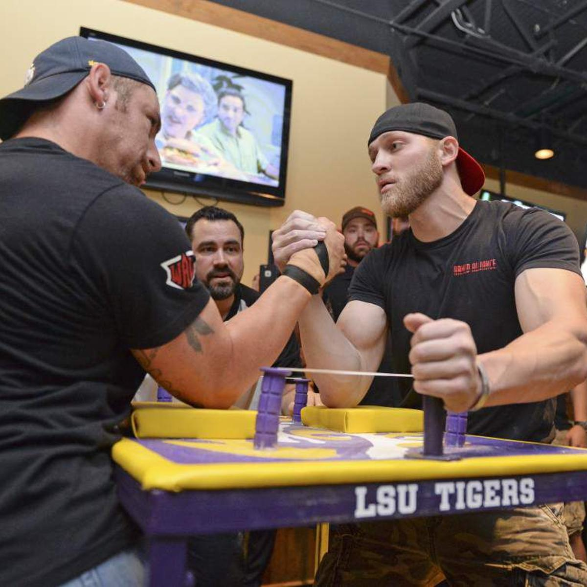 They Re Doing It For Pride Respect Baton Rouge Arm Wrestling Competition A Showcase For The Strong News Theadvocate Com