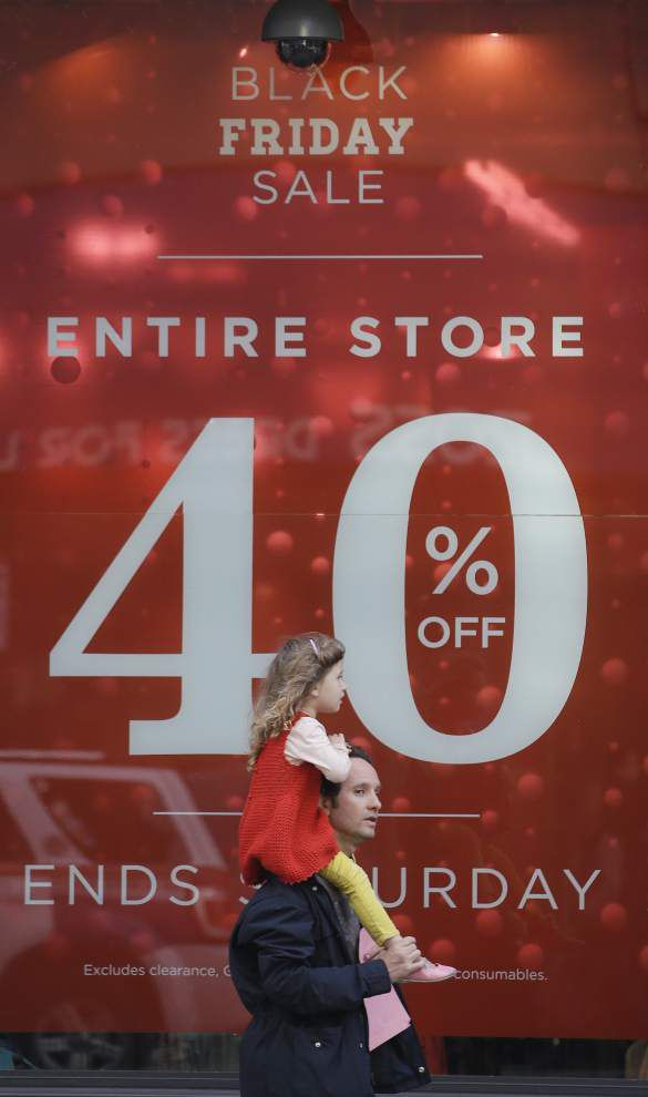 Retailers counting on Thanksgiving, Black Friday sales in stores and online _lowres