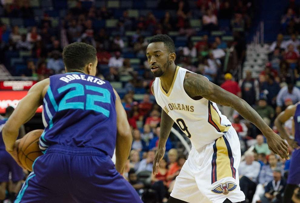 Pelicans sign guard Gal Mekel, assign guard Russ Smith to D-League _lowres