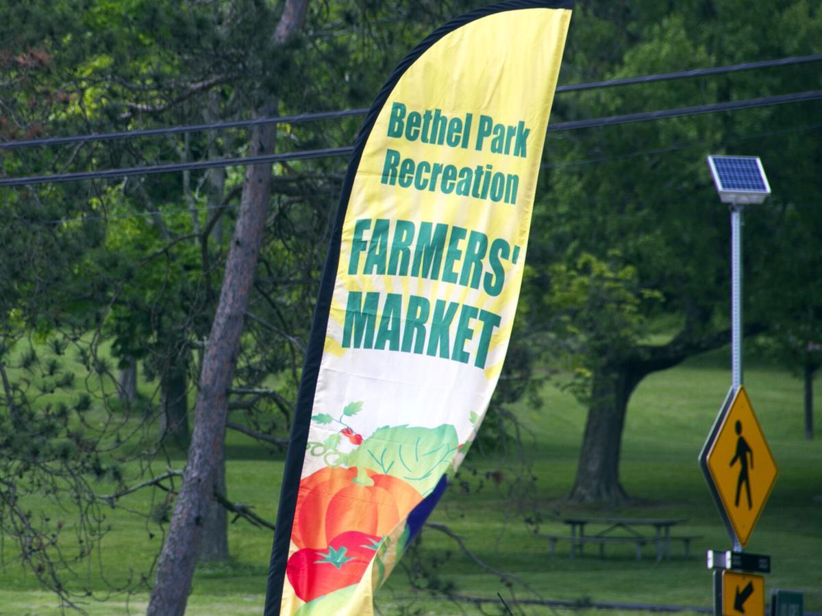 Farm market sign