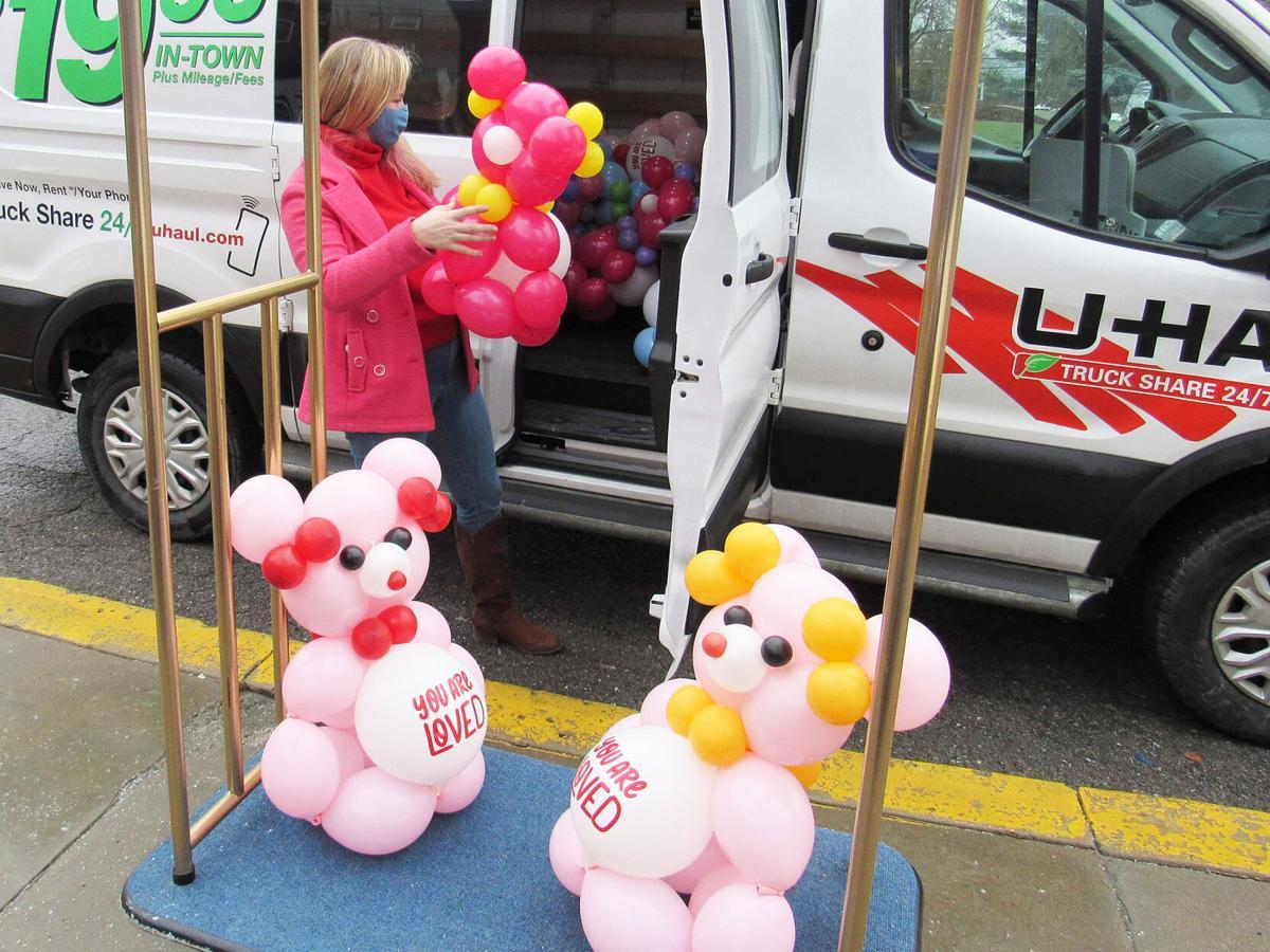 Balloons arrive