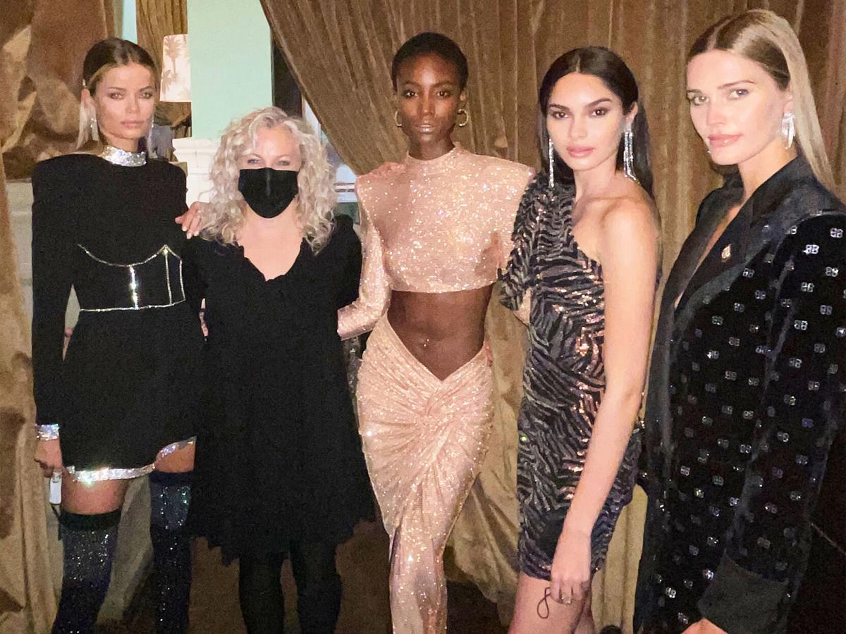 Tamara with models
