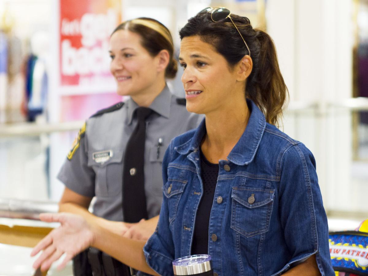 Melinda Bondarenka and Natalie Mihalek