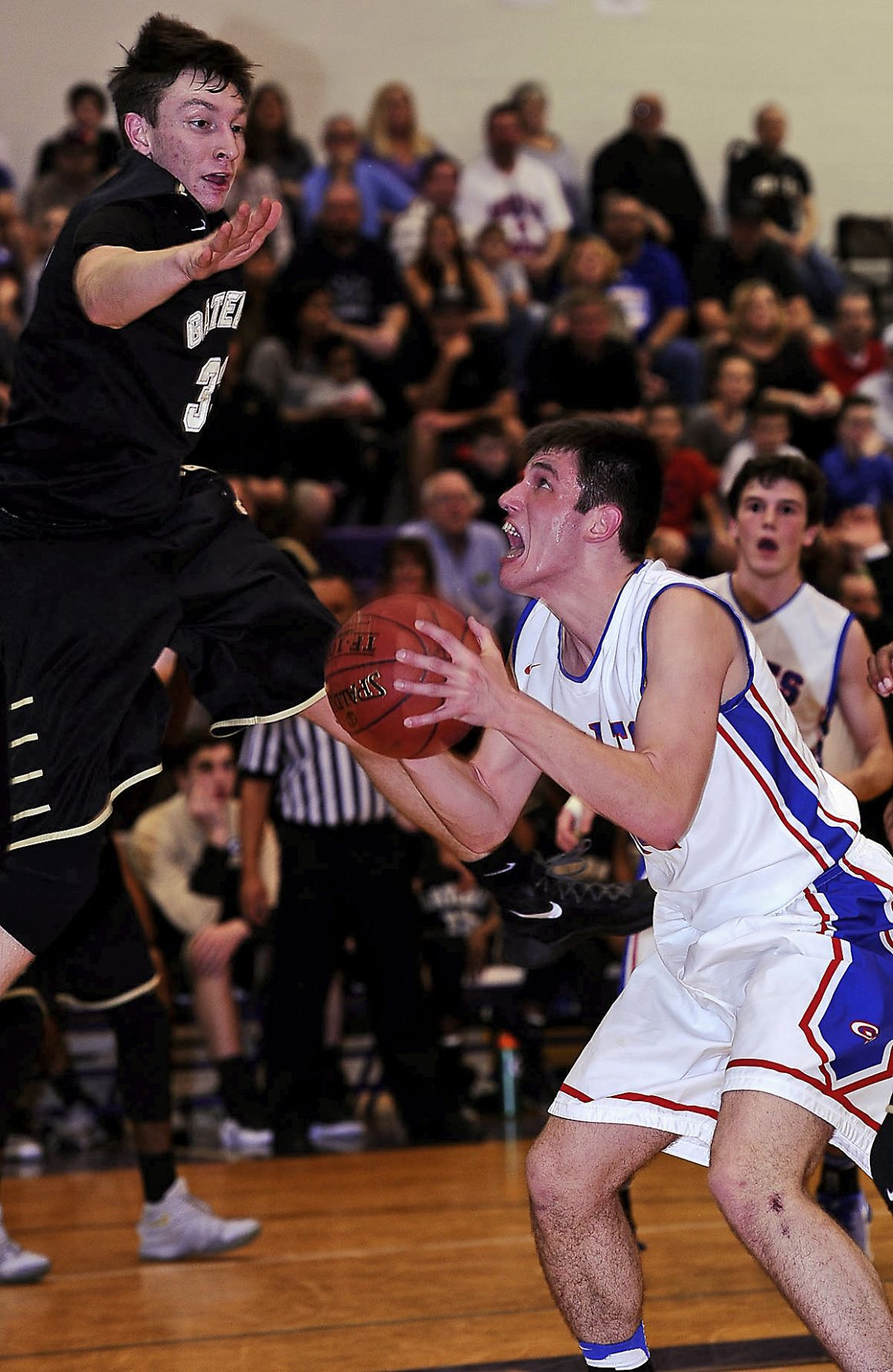 Ugly win puts Chartiers Valley in semifinals