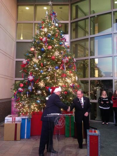 Christmas Bush Lights.George Bush Presidential Library And Museum Hosts Christmas