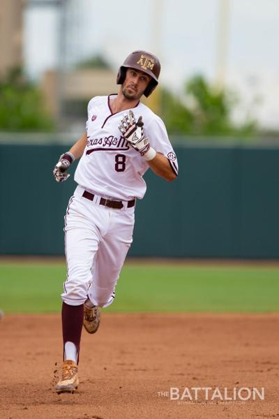 GALLERY: Baseball vs. Mississippi State Game 1