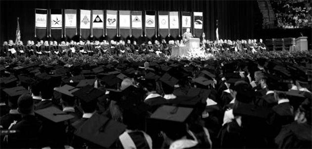 Record number of Aggies to walk stage | News | thebatt.com