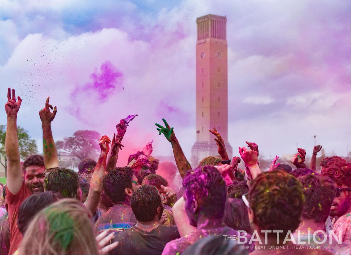 Holi celebration brings splash of color to campus | News | thebatt.com