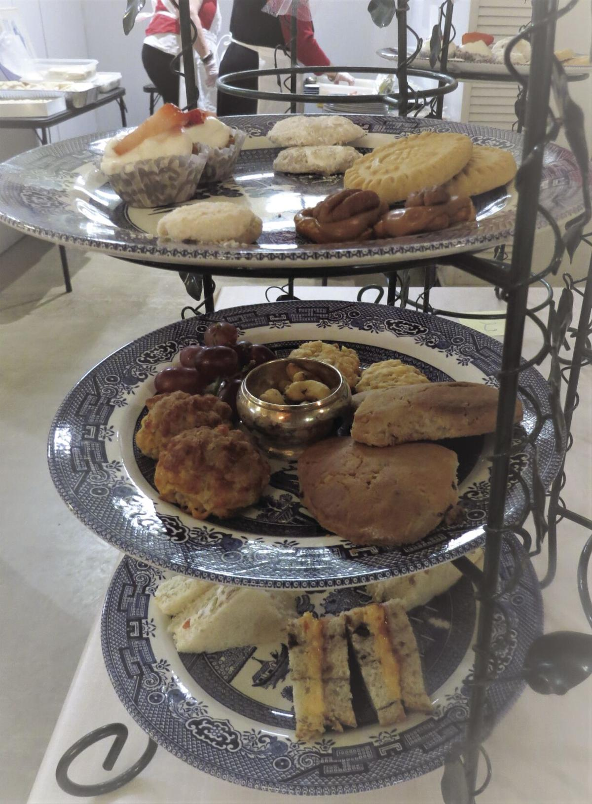 english tea tray.JPG