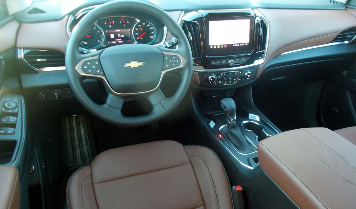 2021 Chevy Traverse dashboard.jpg